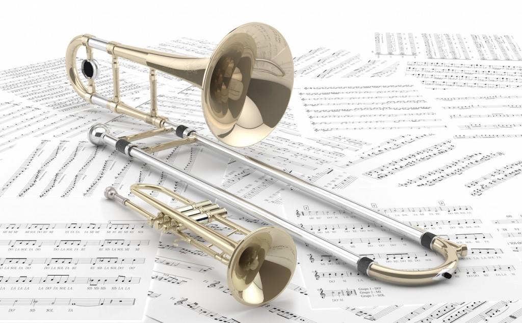 Trombn y Trompeta sobre partituras 2