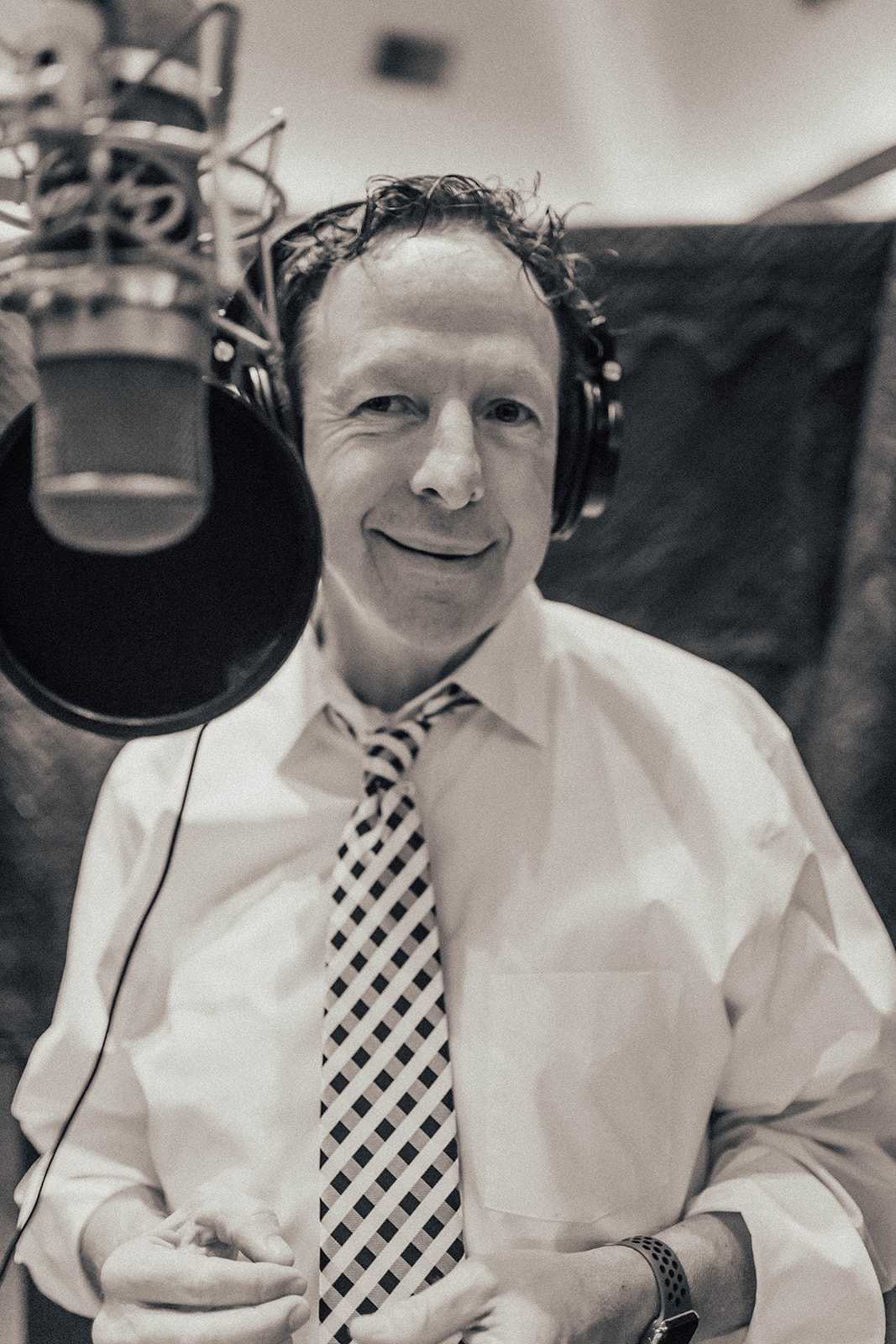 Capitol Records recording session, Sinatra Style Singer Los Angeles, Big Band Vocalist, Mark Downing