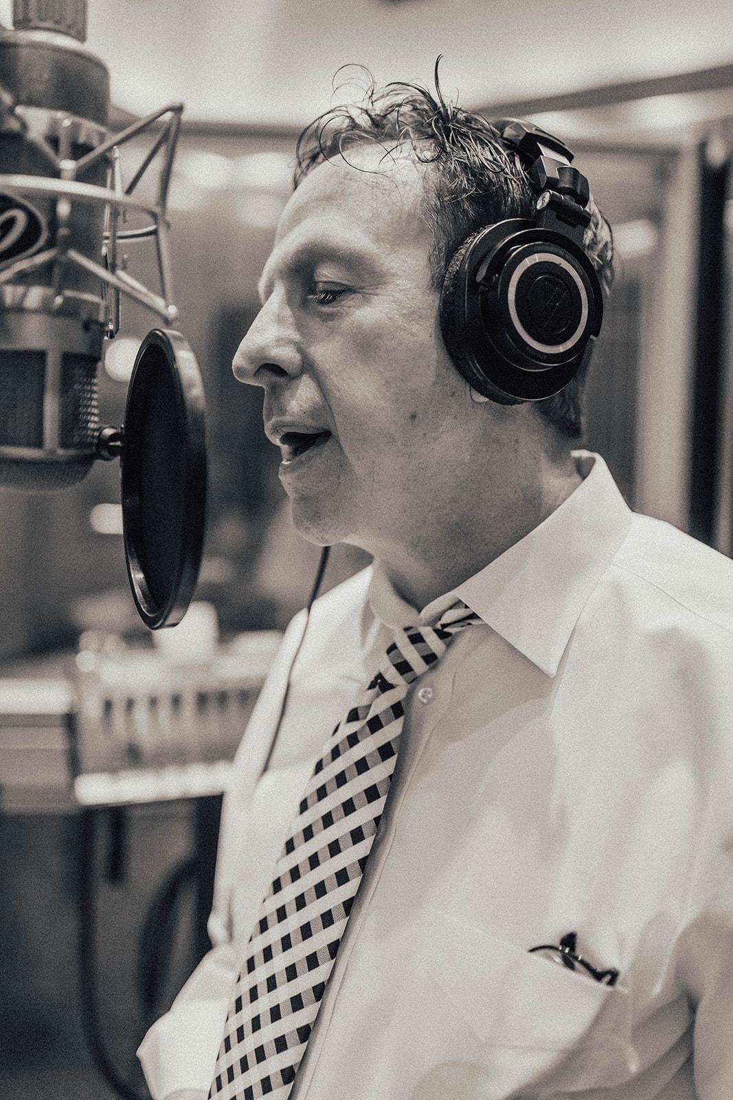 Sinatra Style Singer Hoboken, Big Band Vocalist Hoboken